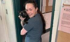 Mulher reencontra sua gata perdida após dez anos de separação