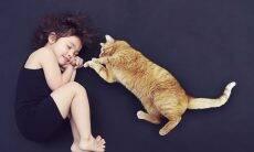 Gatos ajudam a socializar crianças com autismo, indica estudo