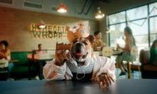 Agora, cães têm um whopper para chamar de seu no Burger King