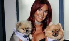 Estrela da TV lança linha de perfumes para que cães tenham o cheiro dos donos