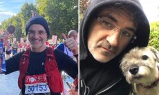 Veterinário corre a Maratona de Londres carregando foto de sua cachorrinha, morta em setembro